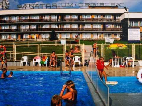 Rabka sanatorium na tle basenu